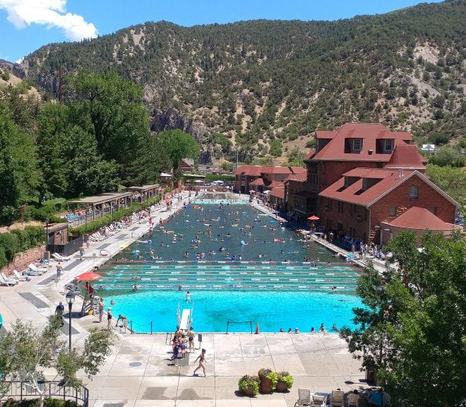 A Trip to Glenwood Springs, Colorado As We #FindNewRoads